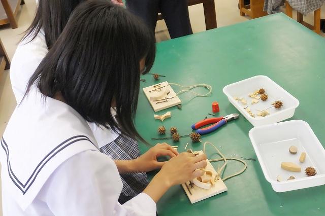 体験授業:木片を使って遊ぼう!