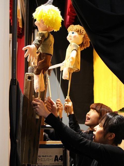 人形劇:舞台裏