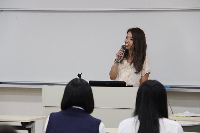 卒業生の話:深田彩夏先生(牟礼幼稚園)