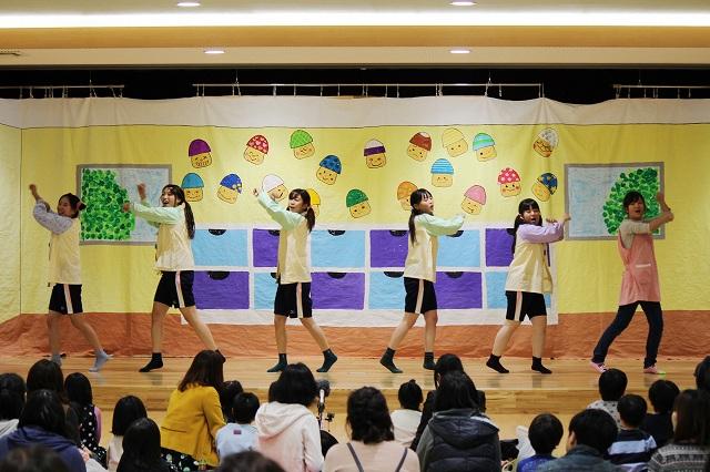 ダンス『園児と一緒に歌おう!踊ろう!』
